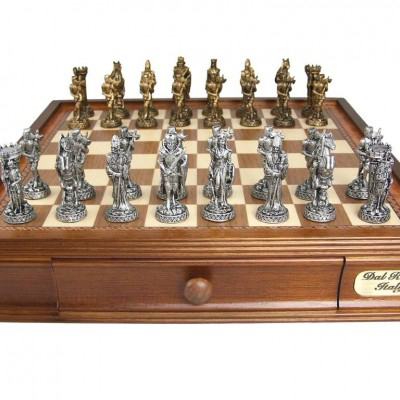 Dal Rossi 95 mm Pewter Medieval Chess Set