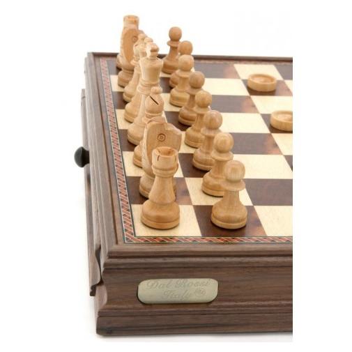 Dal Rossi 38 cm Walnut Chess Checkers